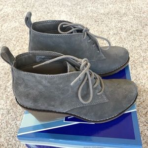 White Mountain suede wedge bootie